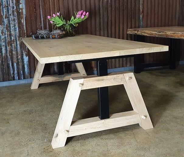 Zit-sta tafel houten variant